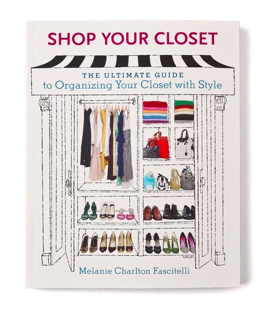How to style and organize your closet book! Perfect for coffee table decor. Also perfect for organizing your messy ass closet.