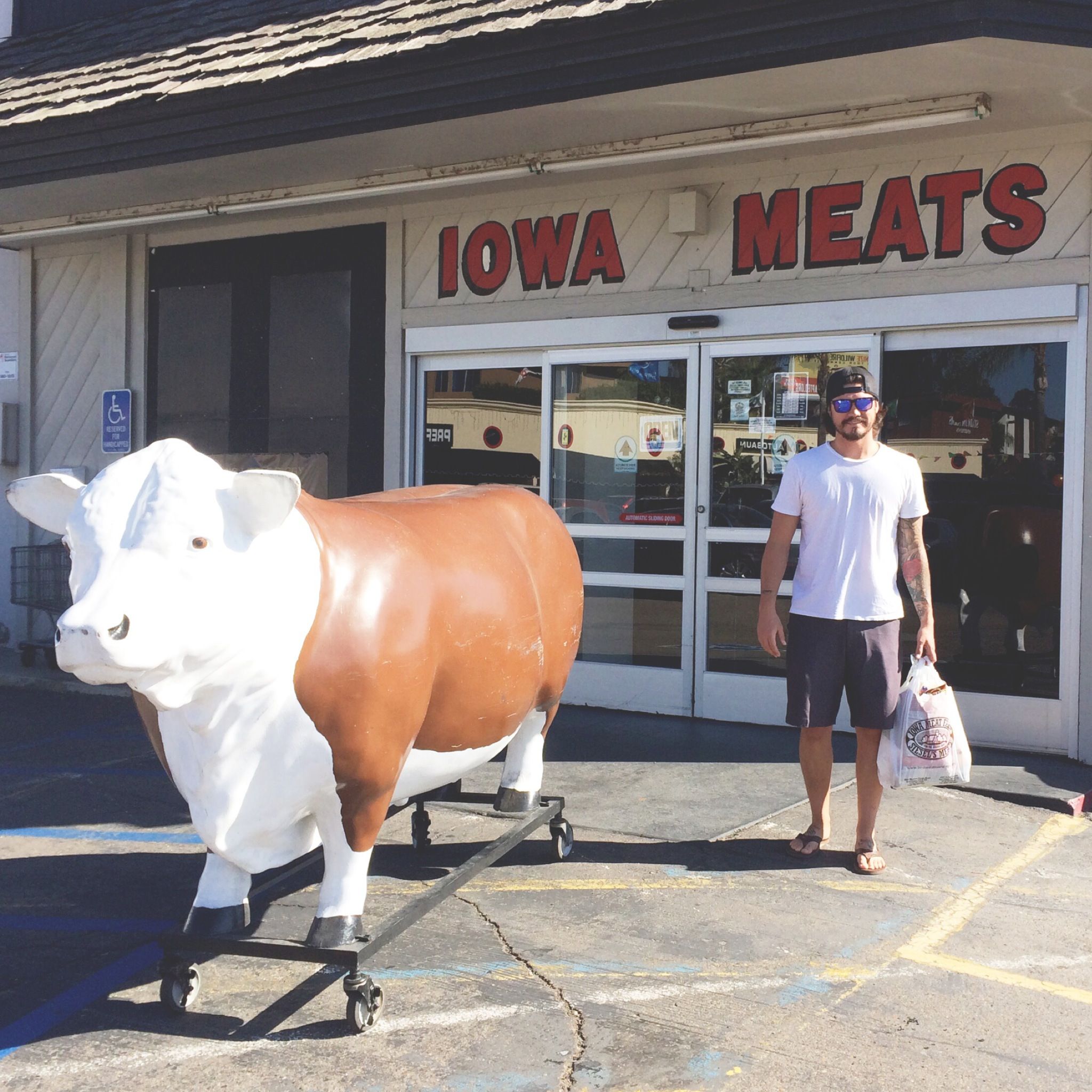Thank God It's Monday! I was able to run some errands with my favorites! Iowa Meat Market Is THE SHIZZZ!