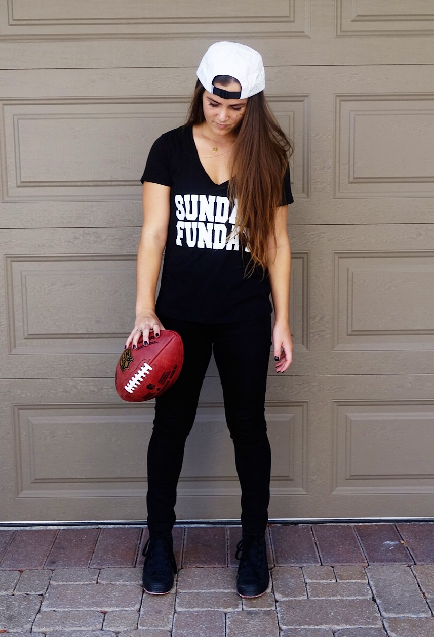 How to throw a made in USA football party. Miss American Made wearing a Sunday Funday black tee, made in USA!