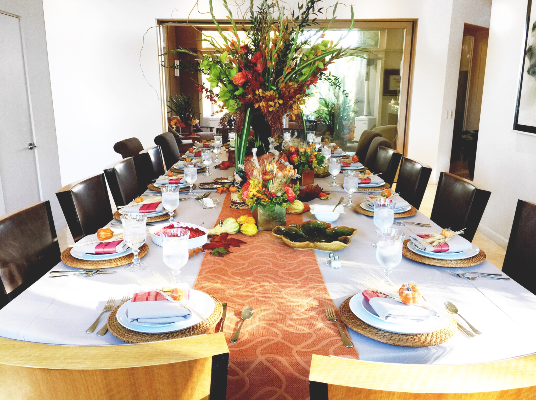 Thanksgiving festivities: gorgeous table decor