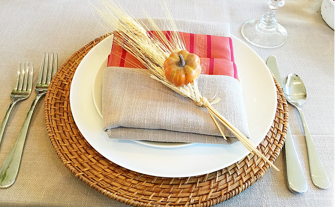 Thanksgiving festivities: place settings